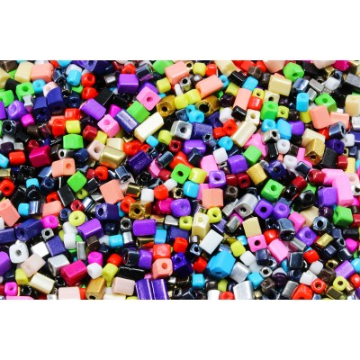 Rocailles Würfelform, Farbenmix, 20/100 g